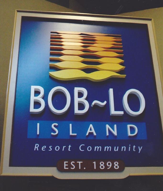 Bob-Lo 3D Logo