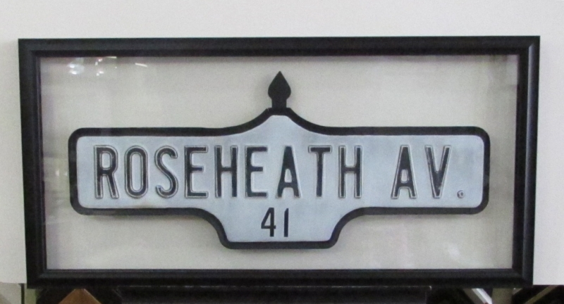 Roseheath Street sign 001