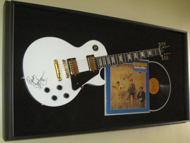 Bachman Guitar Shadow Box