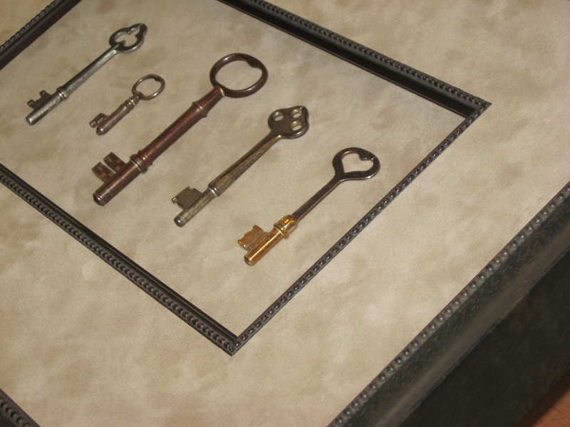 Antique Keys mat-fillet-shadow-box-2