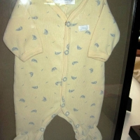 onesie-shadow-box-003