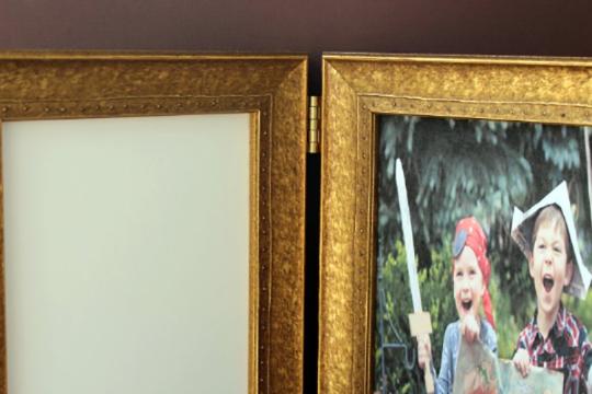 Corner-Gold-Frame